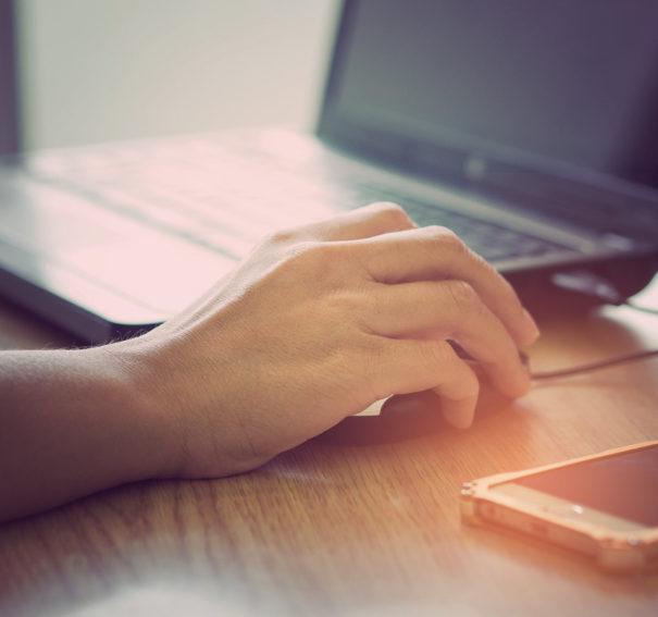 How Customer Chooses Best Broadband Deals In UK Nowadays?