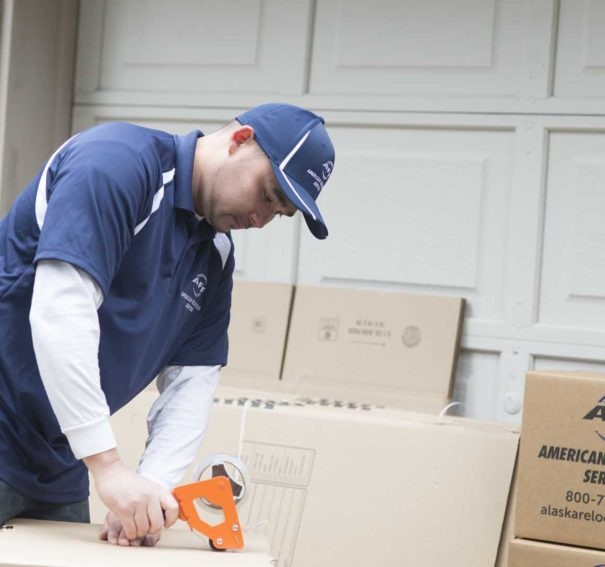 What Are The Advantages Of Large Pallet Delivery?