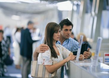 Know Your Rights In Case Of Delayed Or Cancelled Flights