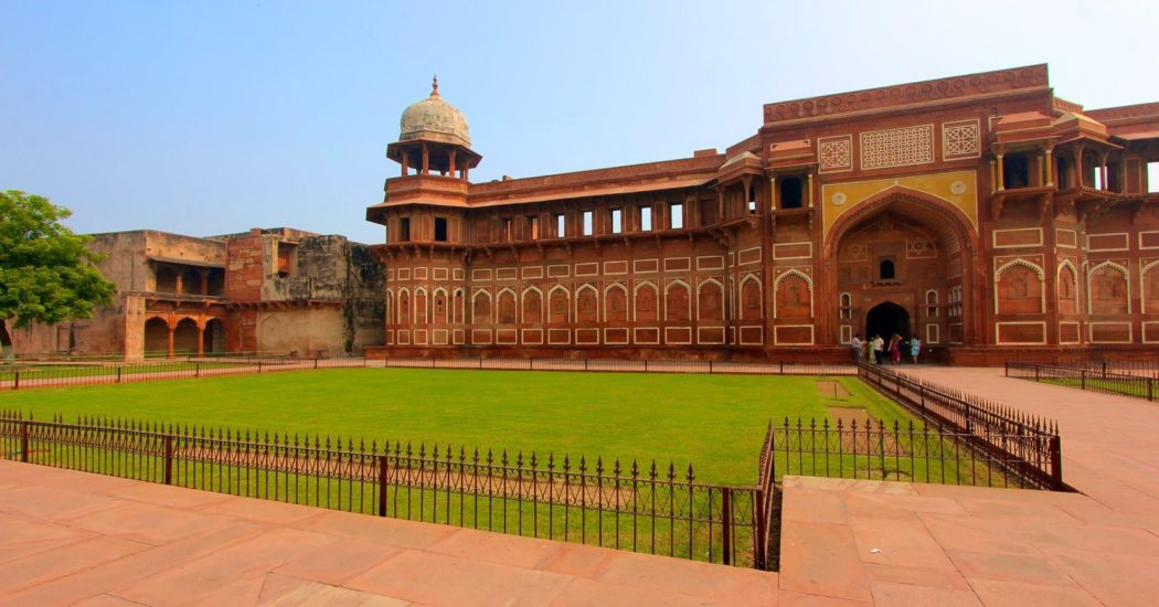 Planning A Trip? Here Are Some Must-See Historical Places In India