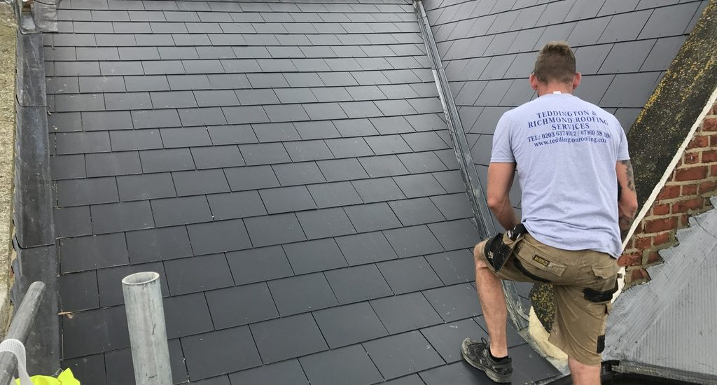 Get Your Roof Issues Easily Handled By The Roofing Professionals