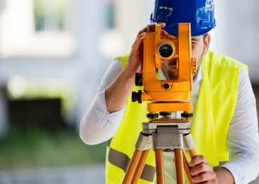 Why To Hire Experienced Surveyor For Residential Or Commercial Units?